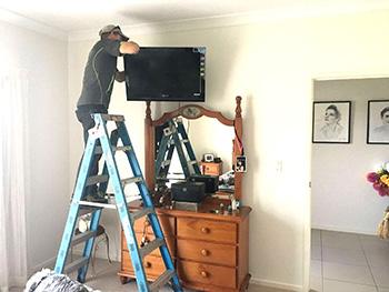 bedroom-tv-wall-mounting-gold-coast-hinterland